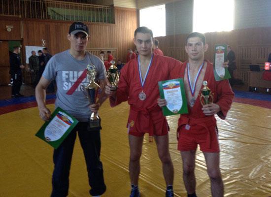 Я, Олжас и Самат с кубками и дипломами